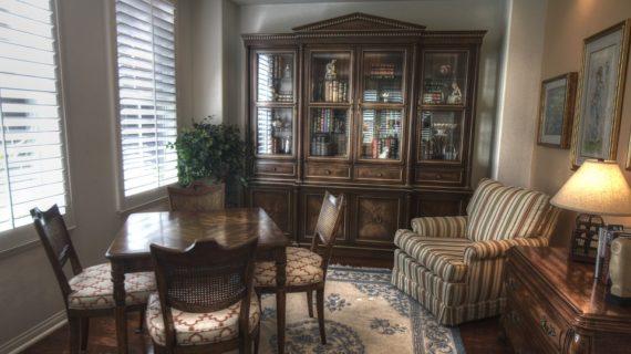 Obývačka v rustikálnom štýle