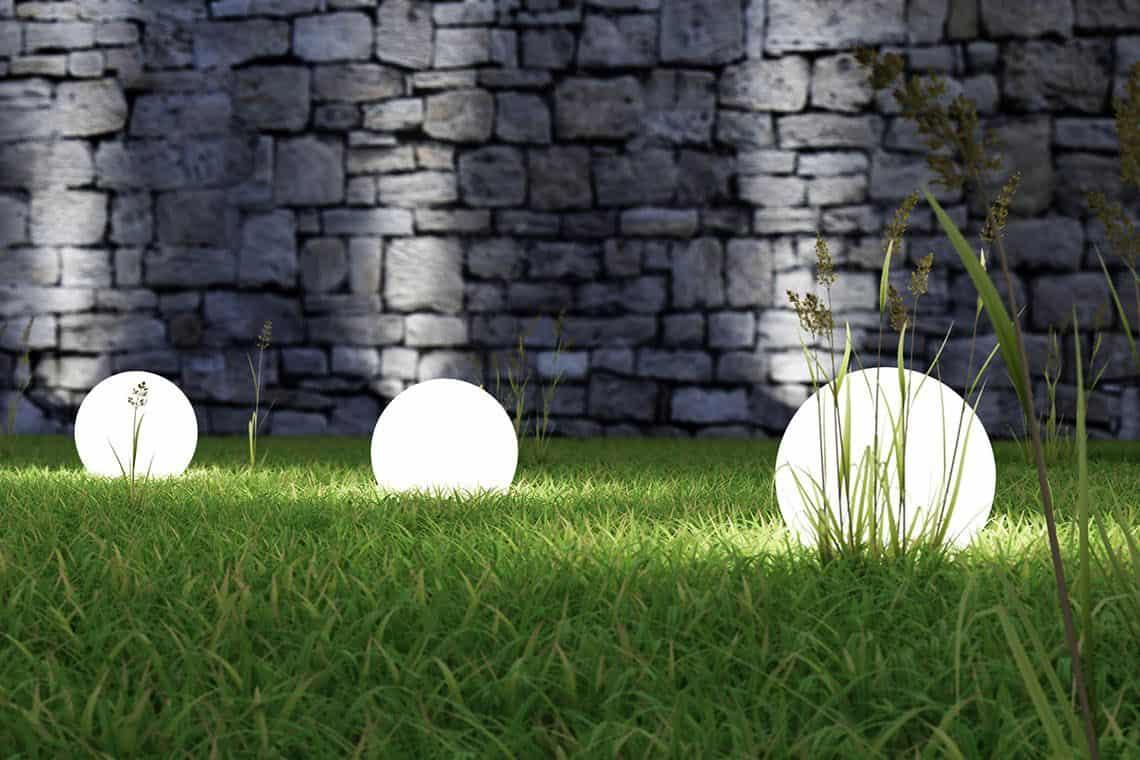 Osvetlite si svoju záhradu a jazierko
