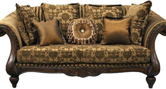 Starožitný nábytok verzus moderný