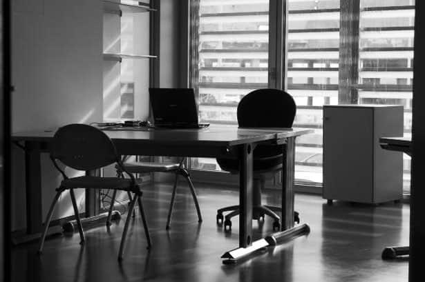 kancelarsky-stol
