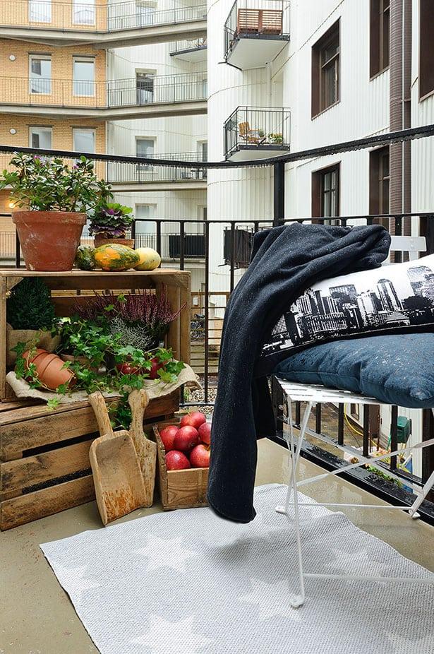 sedenie-na-balkone