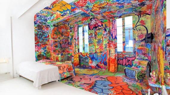 Bývanie v graffiti izbe