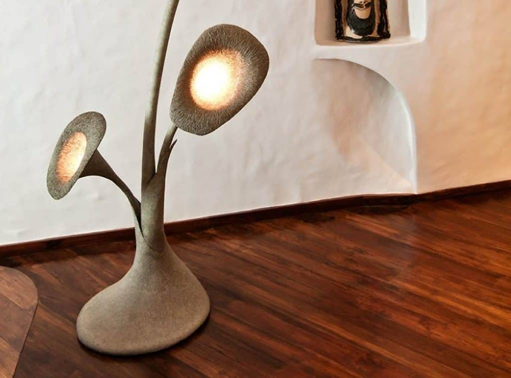 Nábytok a lampy z recyklovaného papiera