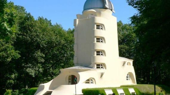 Einsteinova veža – hobitia astrofyzická hvezdáreň