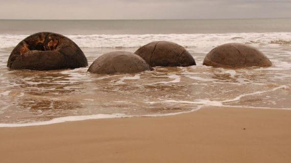 Guľaté skaly na Moeraki