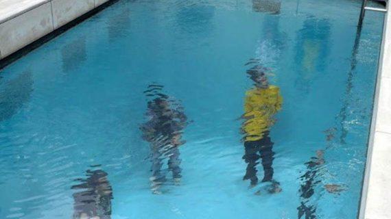 Falošný bazén od Leandra Erlicha