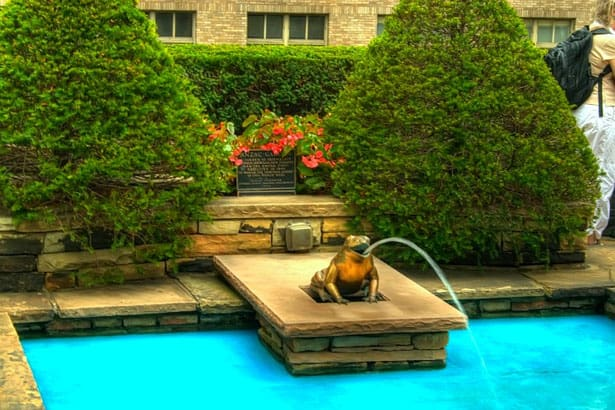 rockefeller-gardens-fontana