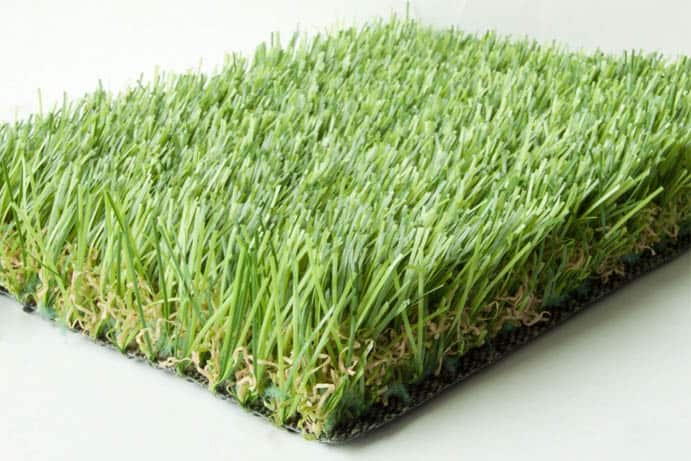 koberec-trava-691x461