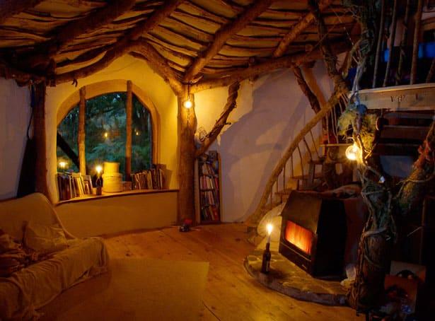 interior-hobbit-house