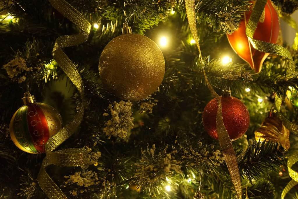 Tipy ako oživiť vianočný stromček