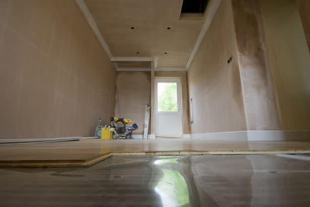 Podlahové vykurovanie - pod drevenou podlahou
