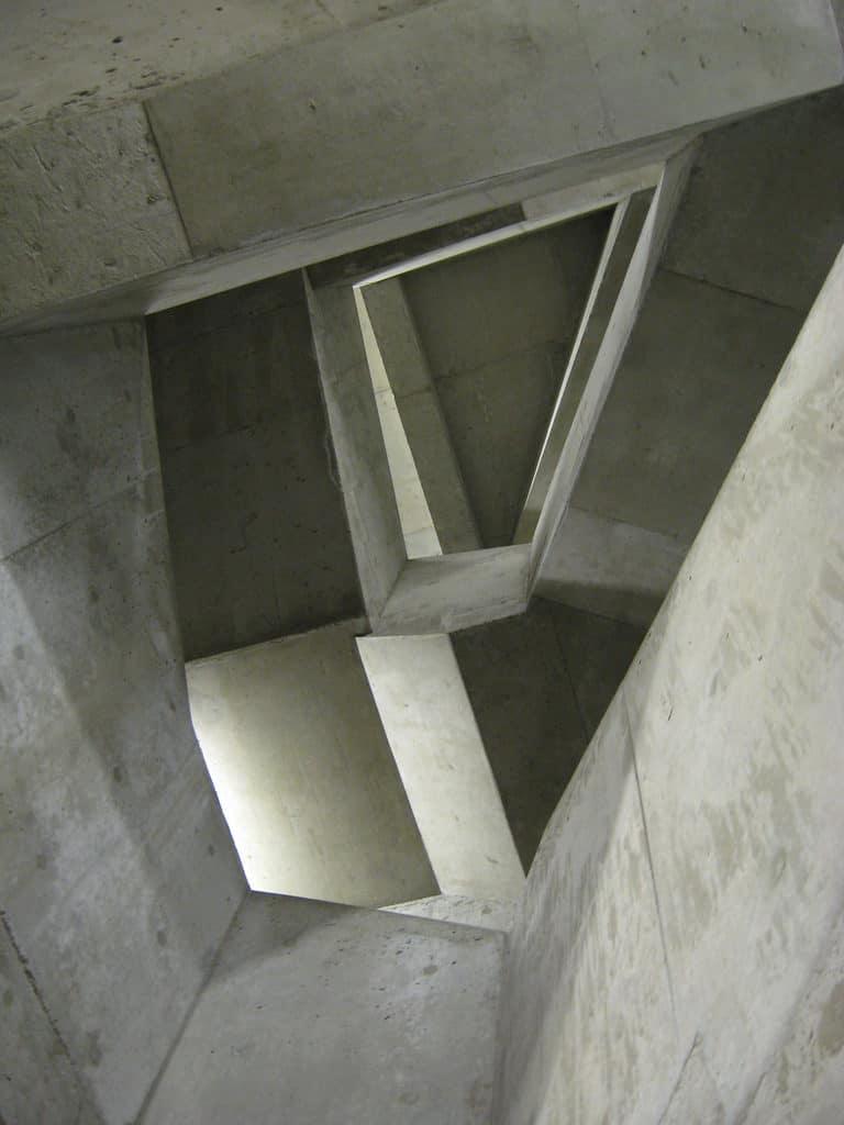 Pohľadový betón v interiéri