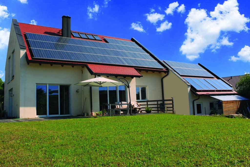 Horúce leto rozprúdilo záujem o slnečné kolektory
