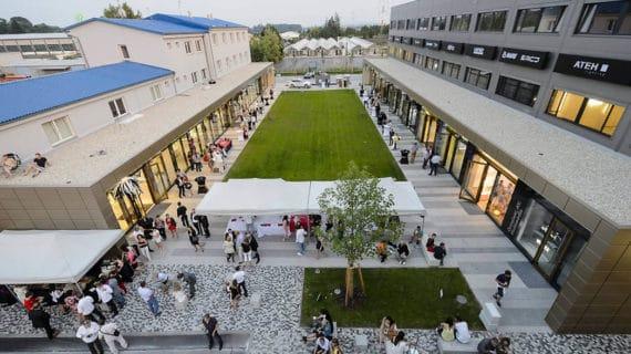 SCHÜCO v novom centre bývania a dizajnu Kaštanová