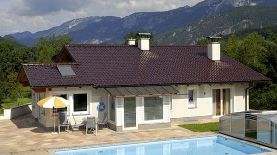Pálené keramické škridly TONDACH® zaručia, že strecha nezmení farbu