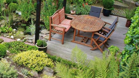 Vyberáme záhradný nábytok