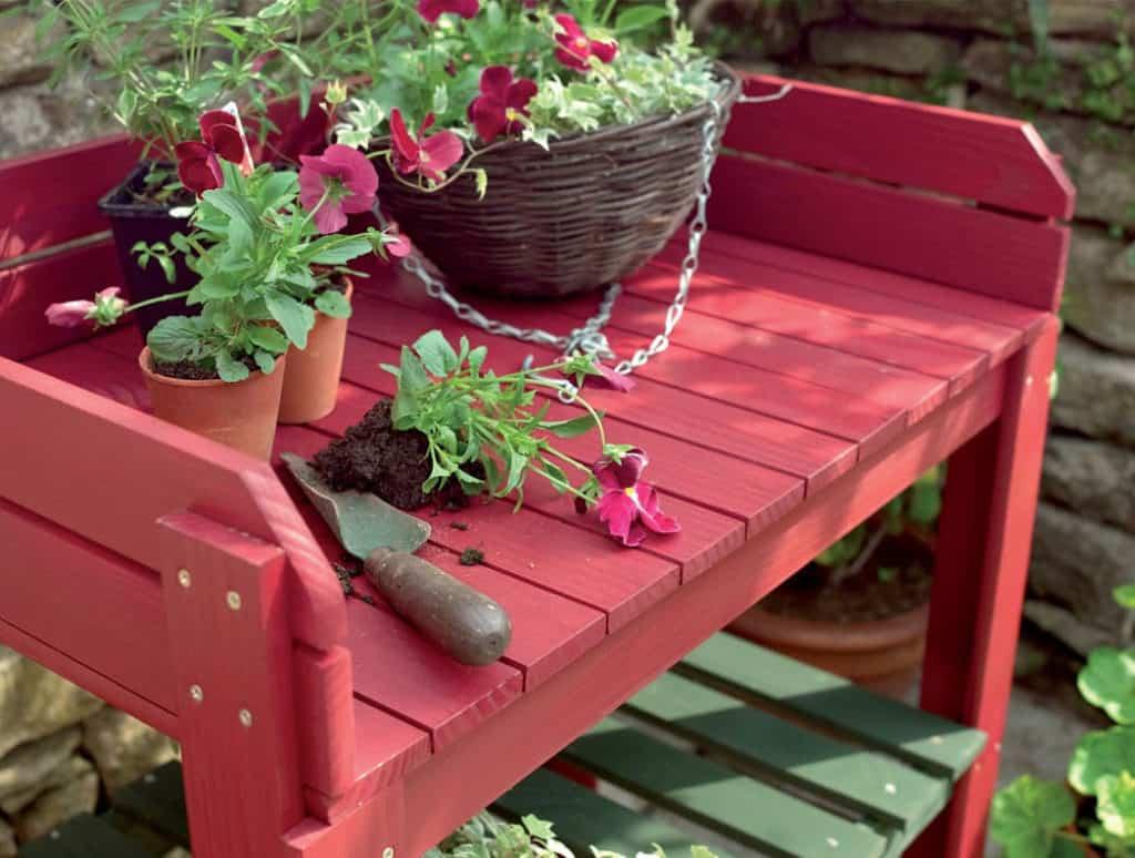 Drevené prvky na záhrade