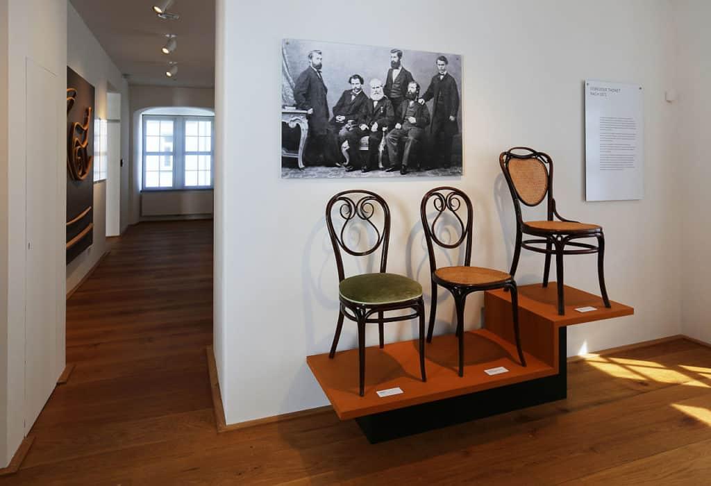 Stoličky pre milovníkov klasiky