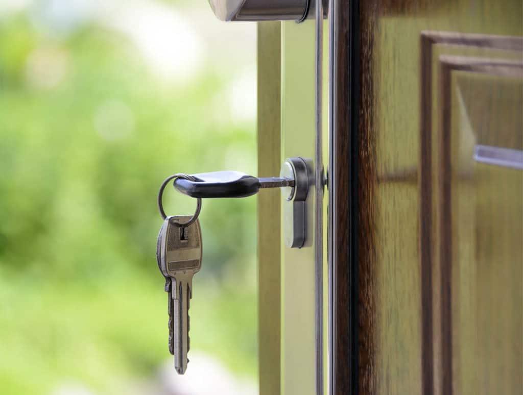 Domy na kľúč – riešenie pre zaneprázdnených