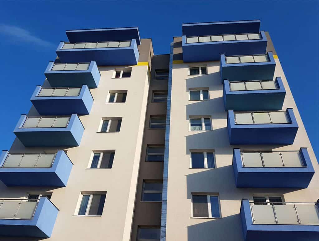 Byty stále zdražujú. Rast cien spomalí
