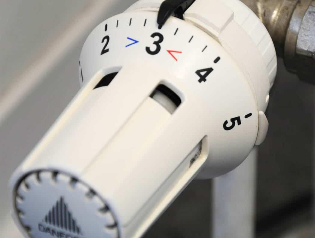 Kde všade vám uniká zbytočné teplo v paneláku a ako to napraviť, aby ste ušetrili?