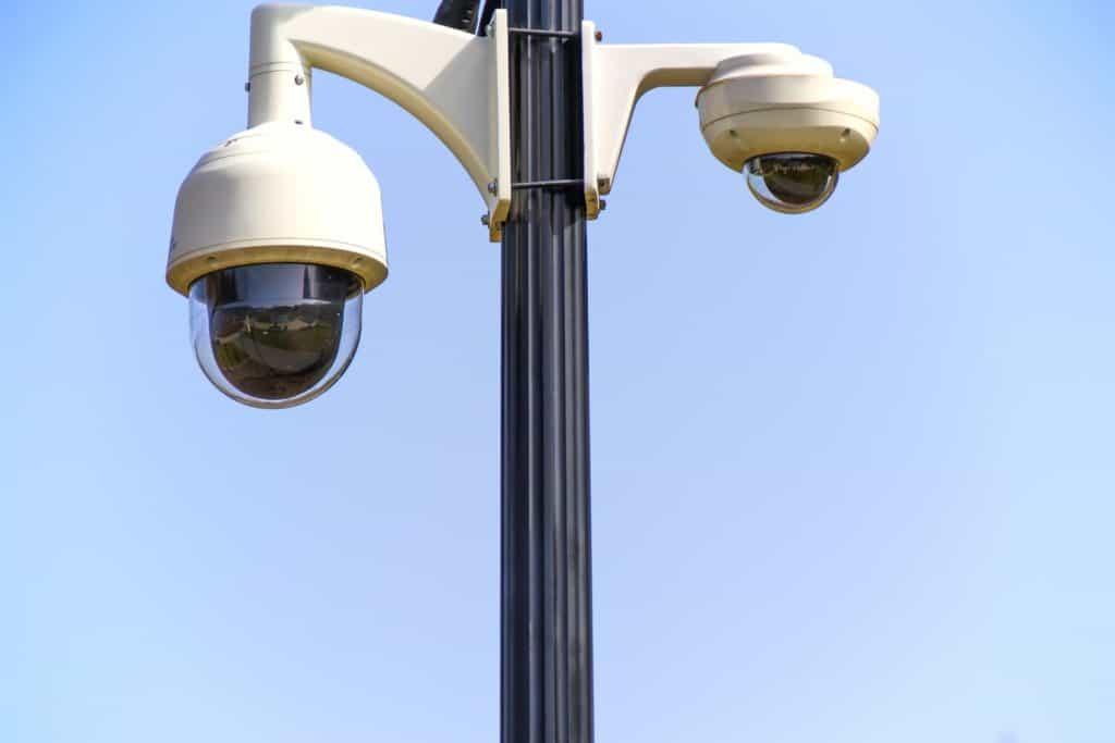 Alarm a kamerové systémy