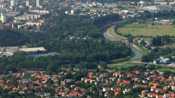 Bytový trh v satelitných mestách