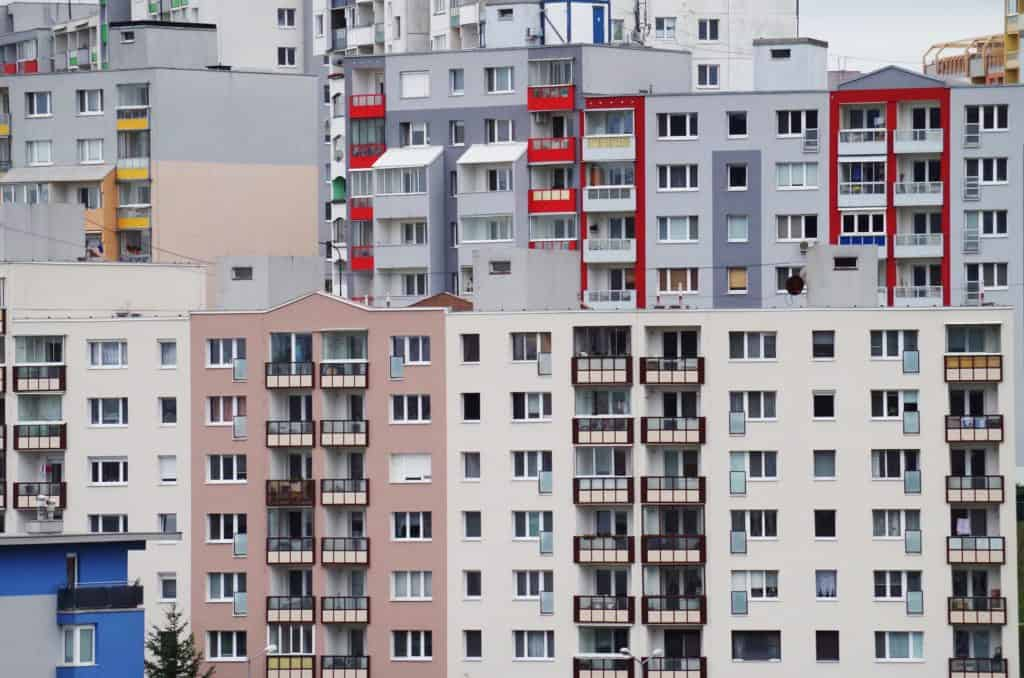 Panelové domy - kúpa bývania na Slovensku