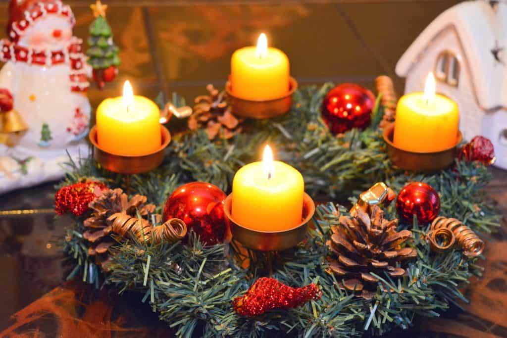 Klasika – ihličie, šišky a sviečky
