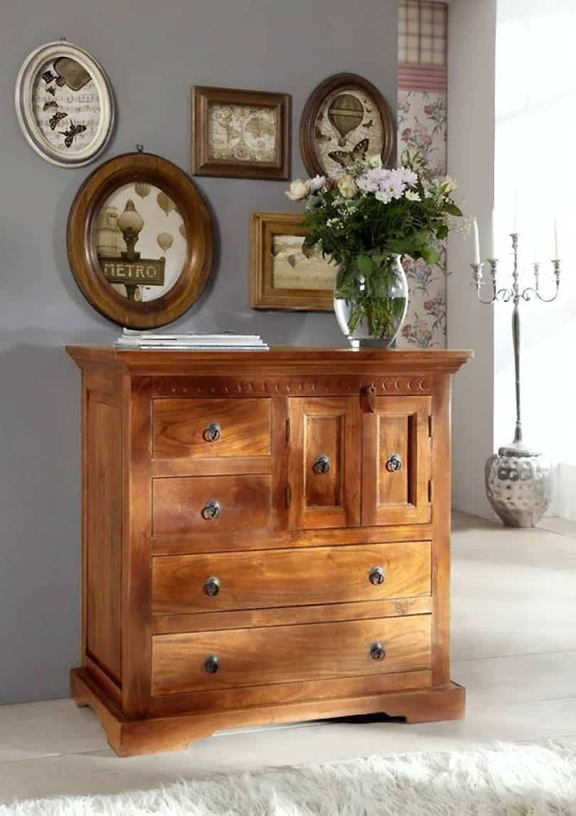 dreveného nábytku