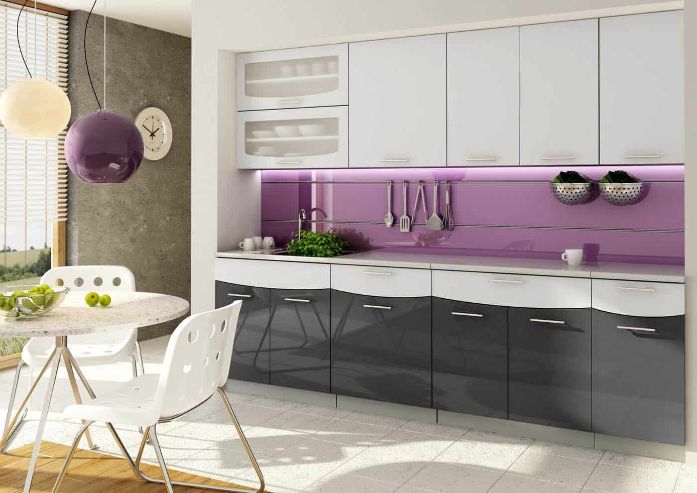 Nebojte sa čiernej a bielej vo vašej kuchyni