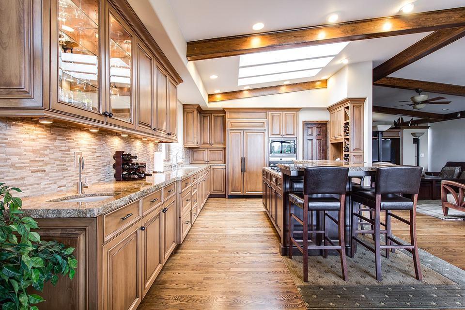 Drevený nábytok aj v kuchyni