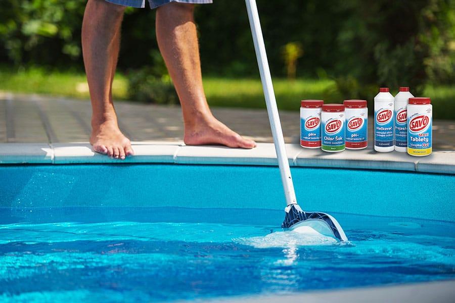 Nedostatočná starostlivosť o bazén podporuje tvorbu rias
