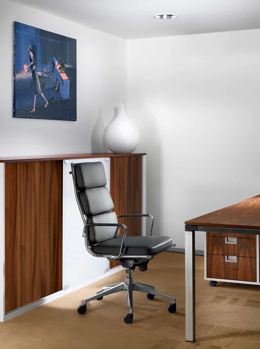 Výškovo nastaviteľné stoly s nastaviteľnou pracovnou plochou