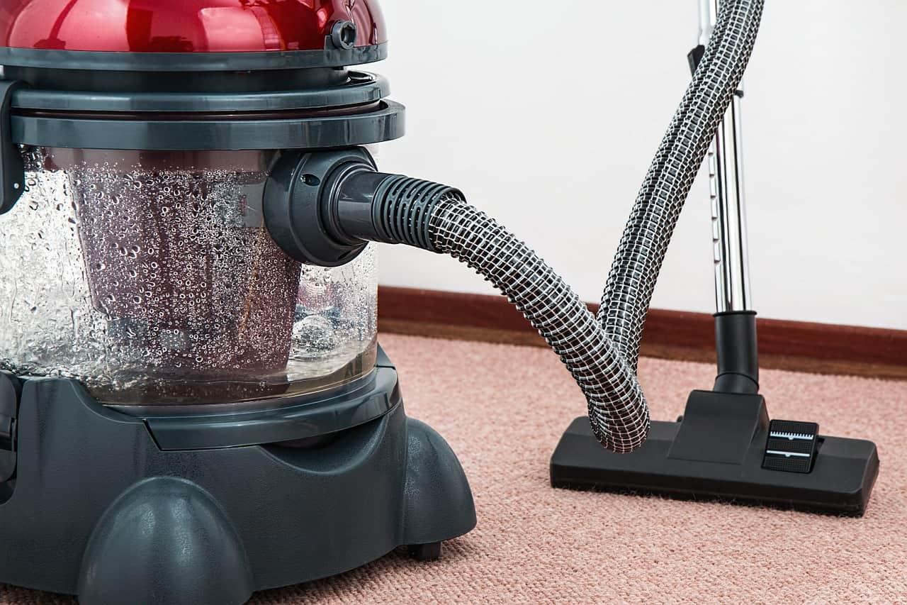 Najlepší pomocníci na upratovanie v domácnosti