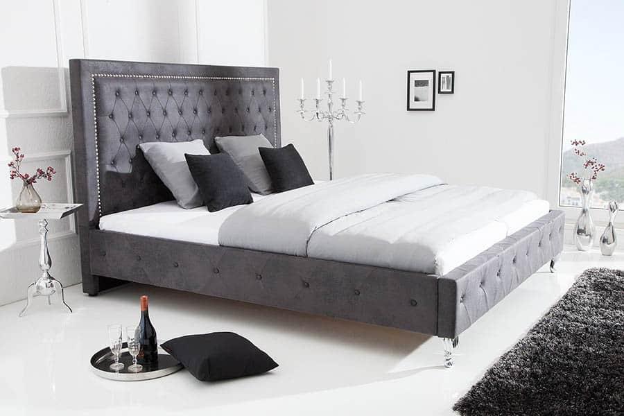 štýlová posteľ Extravagance