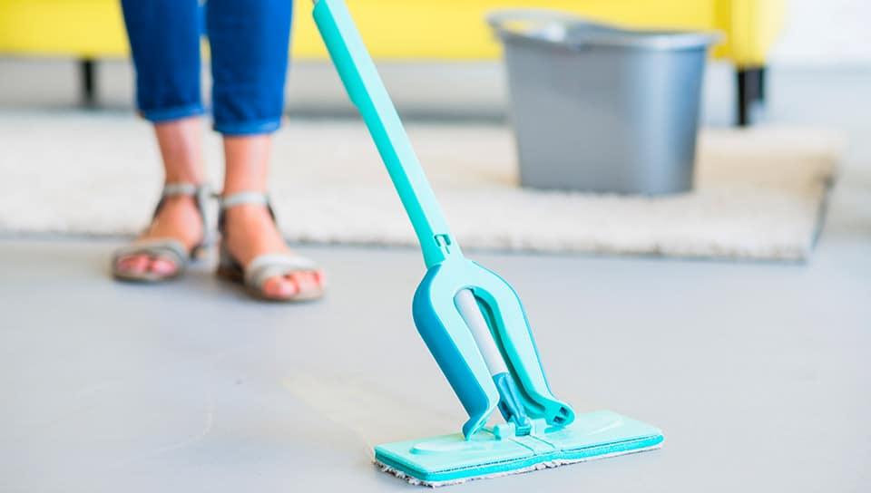Umývanie podlahy - čistiace prostriedky