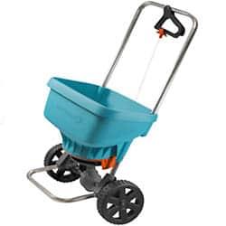 Posýpací vozík - apríl v záhrade
