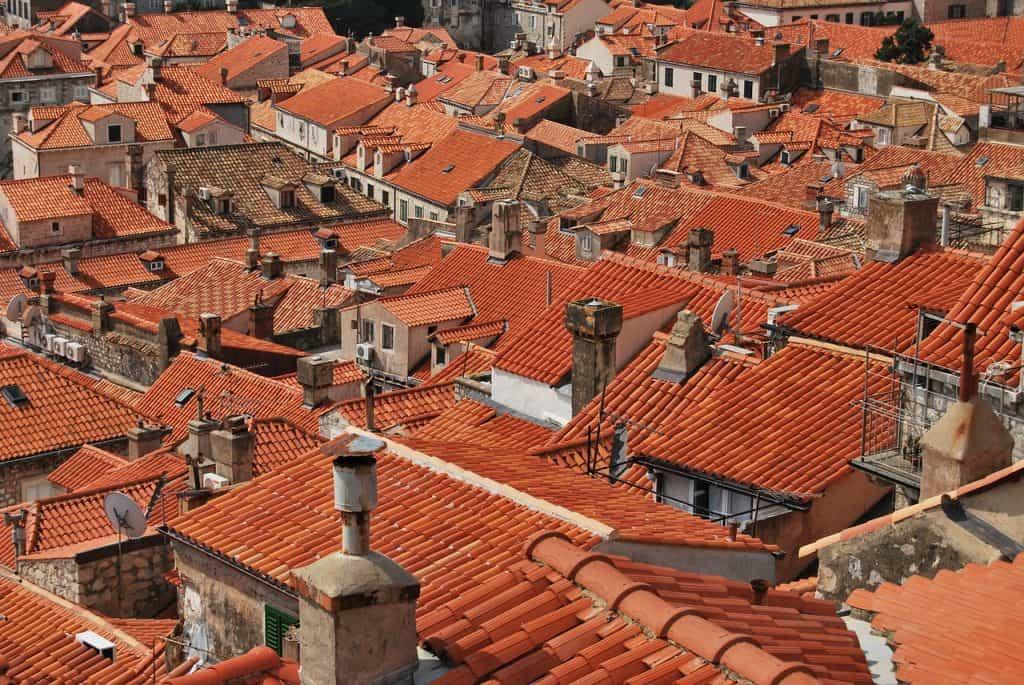 Valbová a stanová strecha