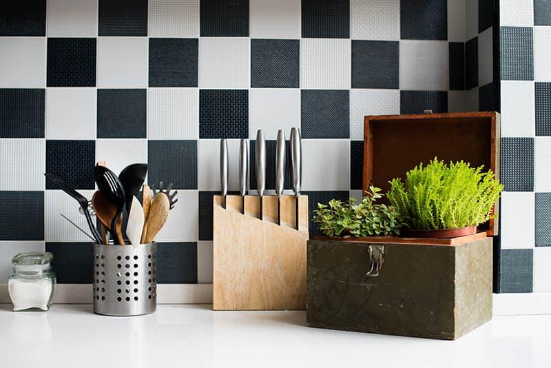 Klasické obklady do kuchyne