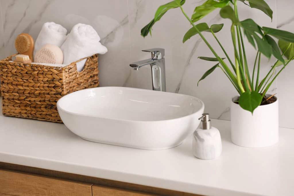 Výška umývadla v kúpeľni - umývadlo