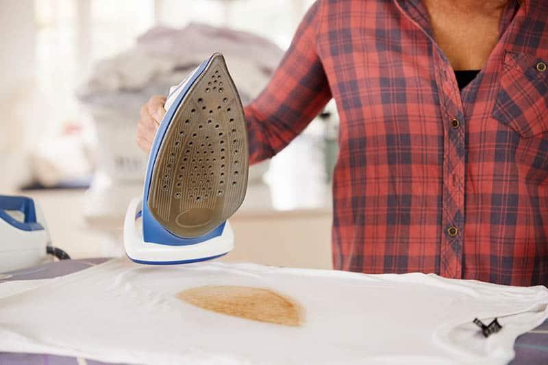 Ako vyčistiť žehličku