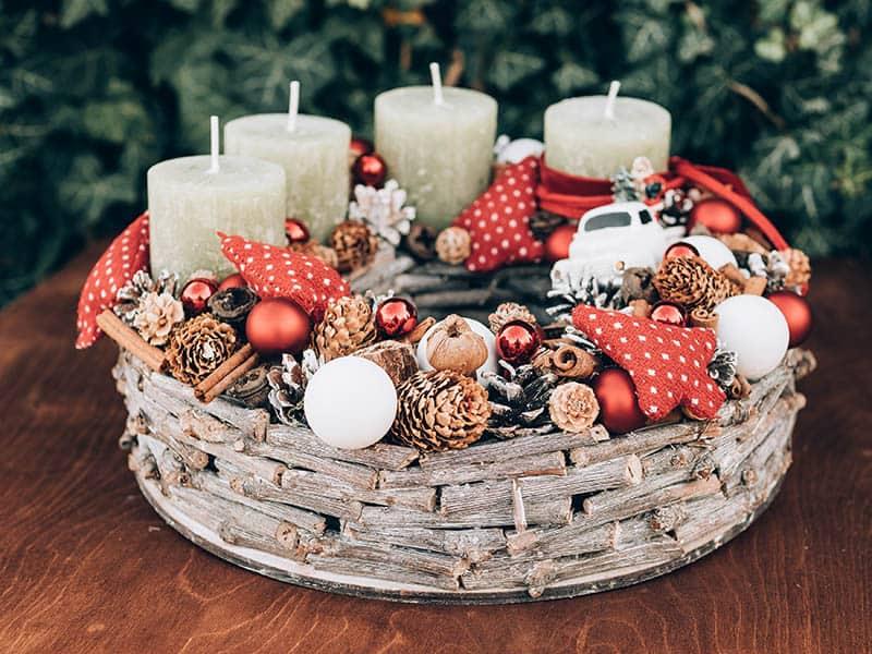 Adventný veniec - vianočné dekorácie