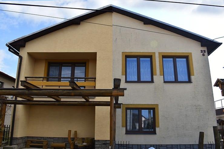 Čistenie fasády pred a po